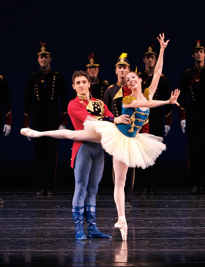 Annie Breneman as Liberty Bell and Christopher Ruud as El Capitan in Balanchine's STARS AND STRIPES.