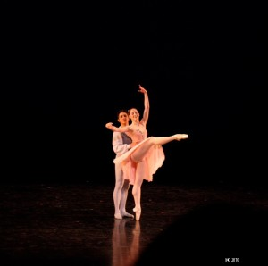 Christiana Bennett and Christopher Ruud in Balanchine's Tchaikovsky Pas de Deux
