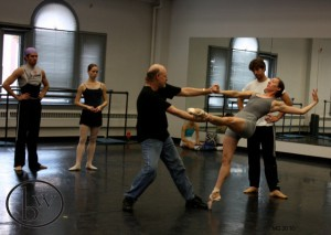 Thomas Mattingly, Katherine Lawrence, Malcolm Burn, Annie Breneman, Michael Bearden in Carmina rehearsal