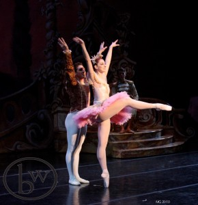 Christiana Bennett as the Sugar Plum Fairy and Christopher Ruud as her Cavaliere